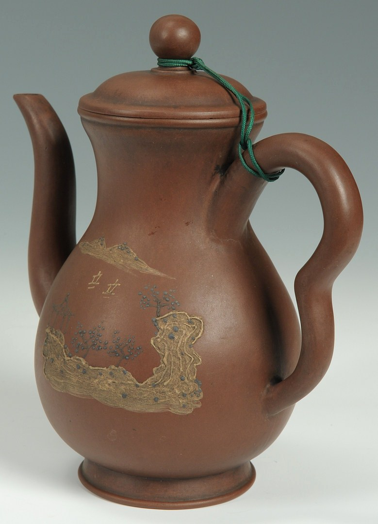 Lot 481: Chinese Yixing Pottery Tea Pot