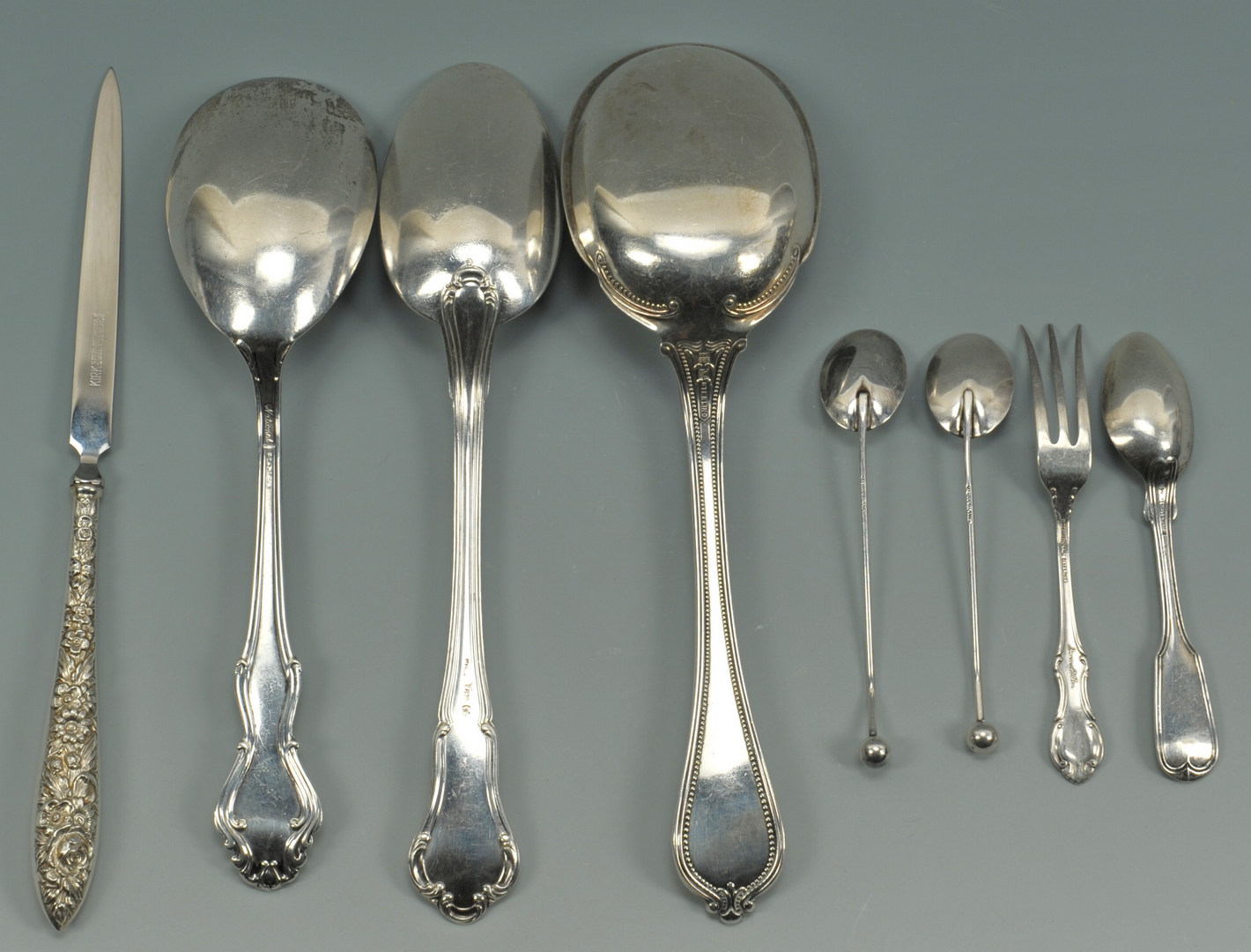 Lot 499: Silver salt items and assorted flatware, 12 pcs