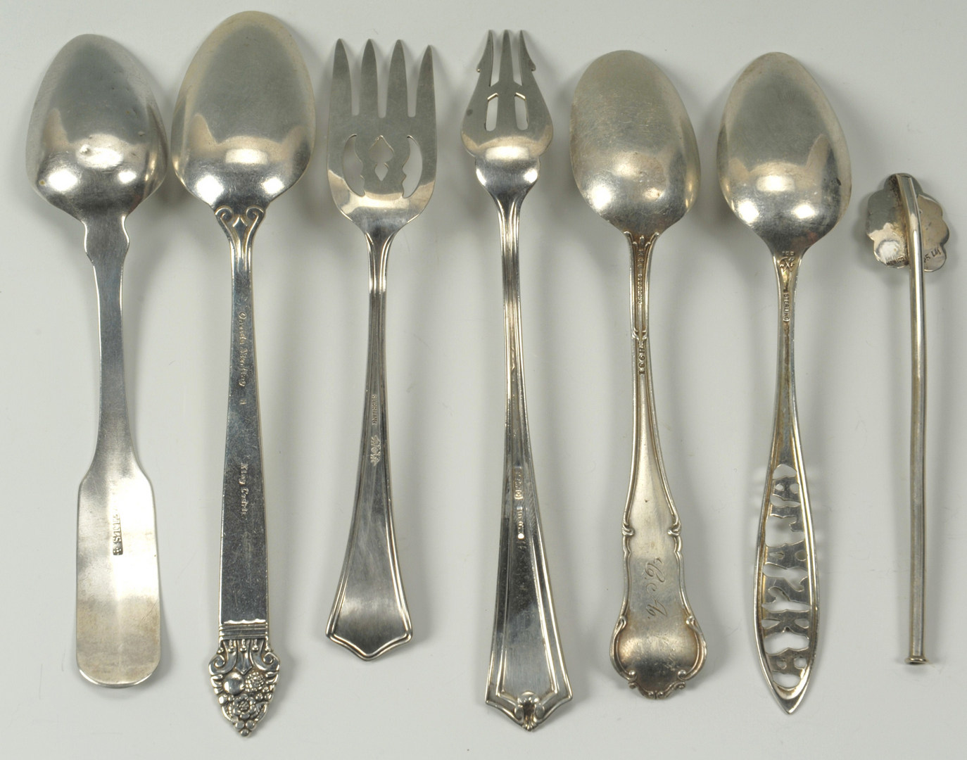 Lot 502: Assorted sterling silver flatware