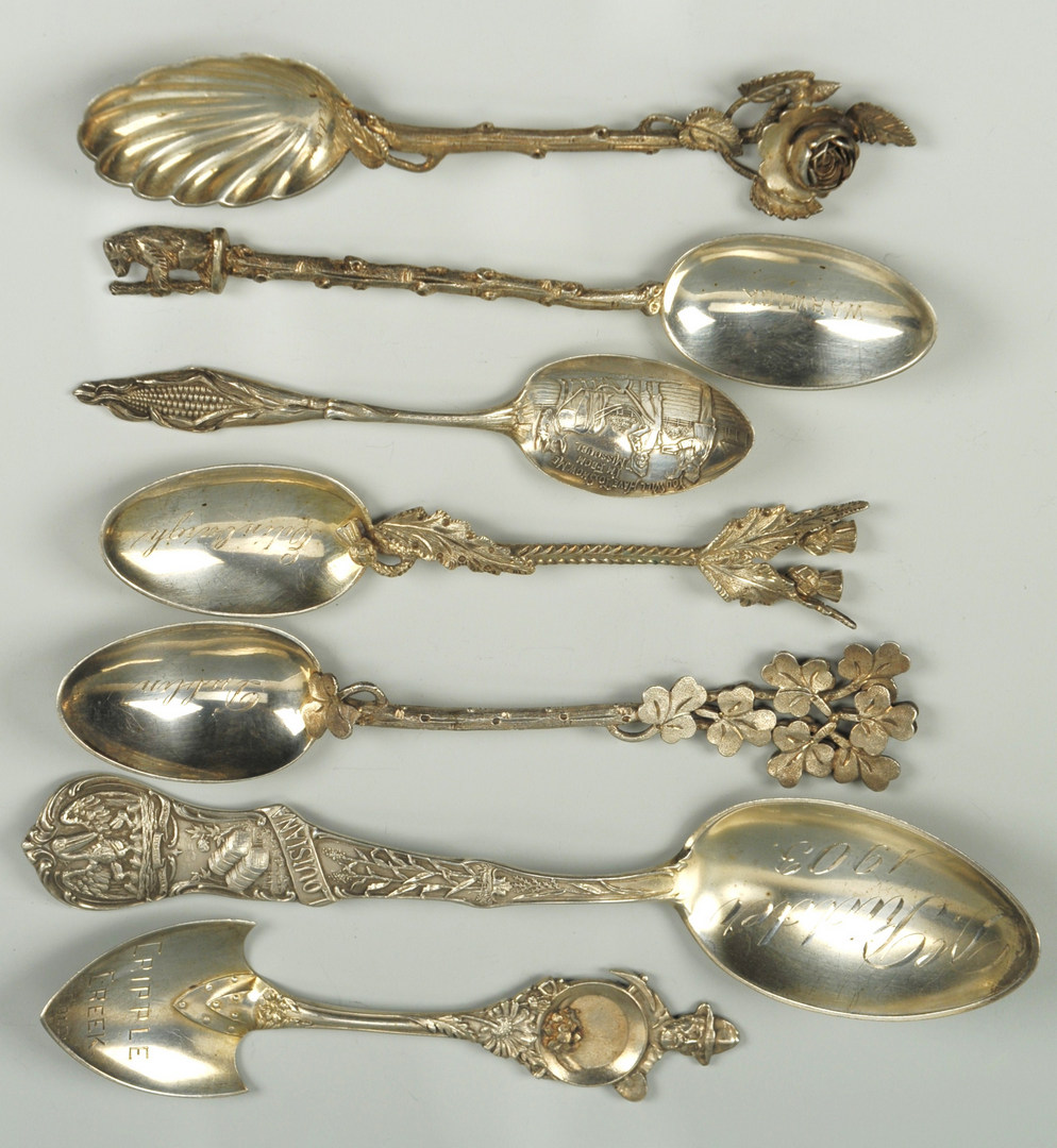 Lot 505: 29 Souvenir Spoons – U.S., Britain, Continental