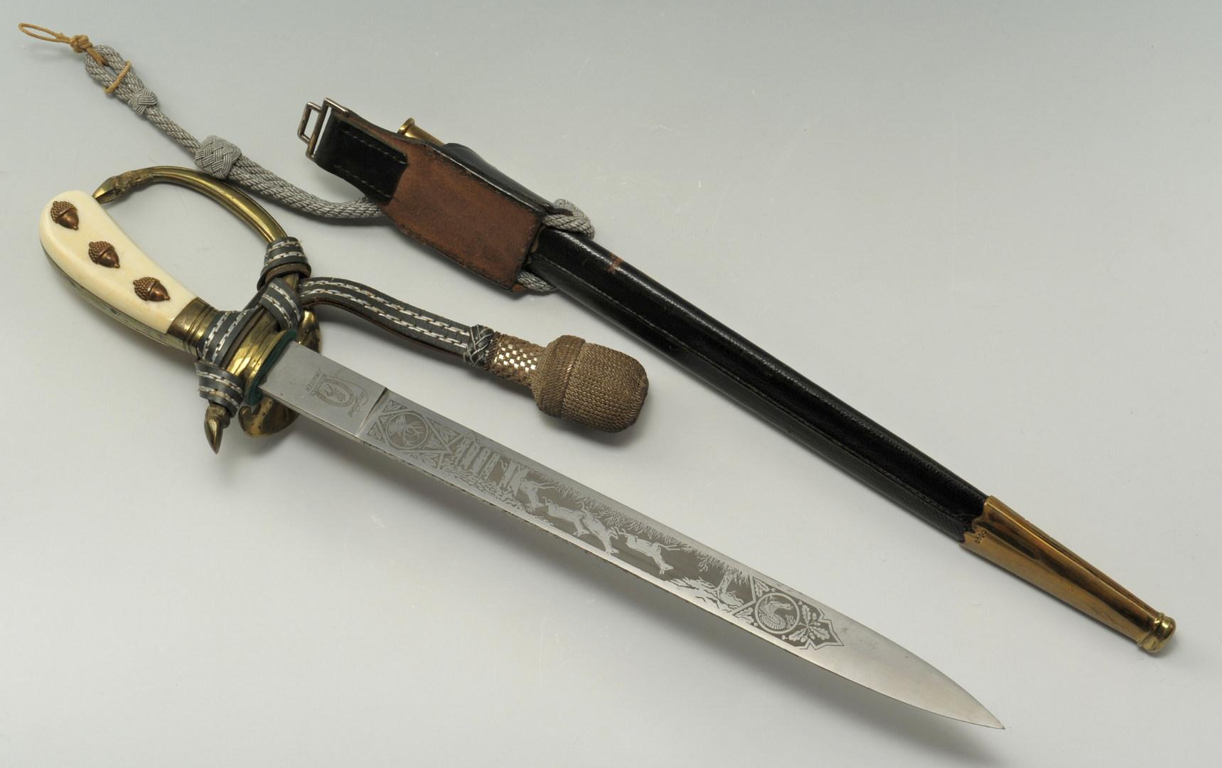Lot 521: Siegfried Waffen Hunting Dagger