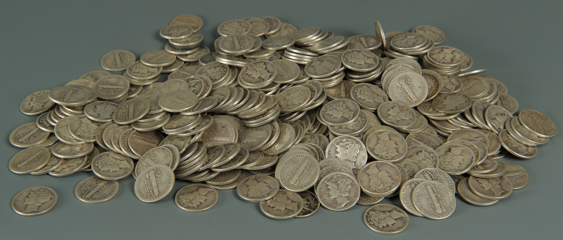 Lot 548: Grouping of U.S. Mercury Dimes