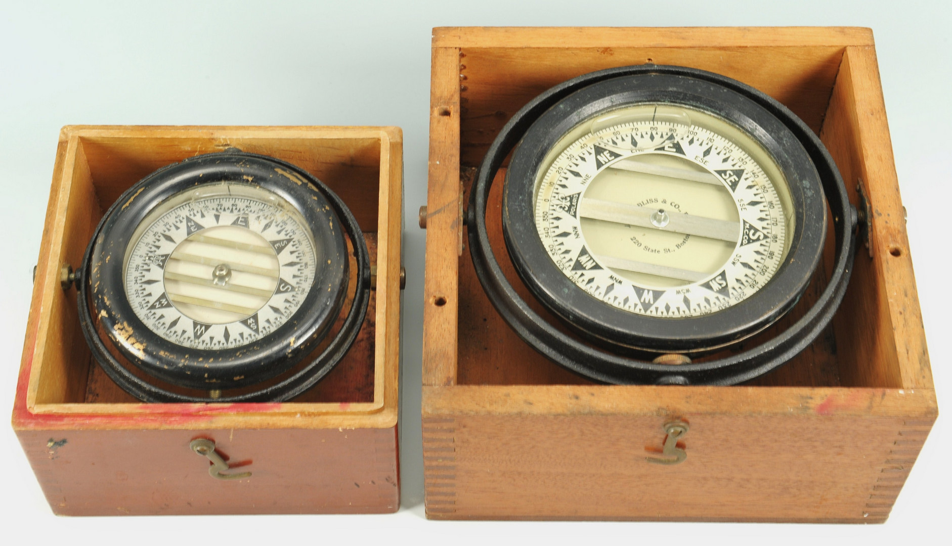 Lot 565: Nautical Spyglass and boxed compasses