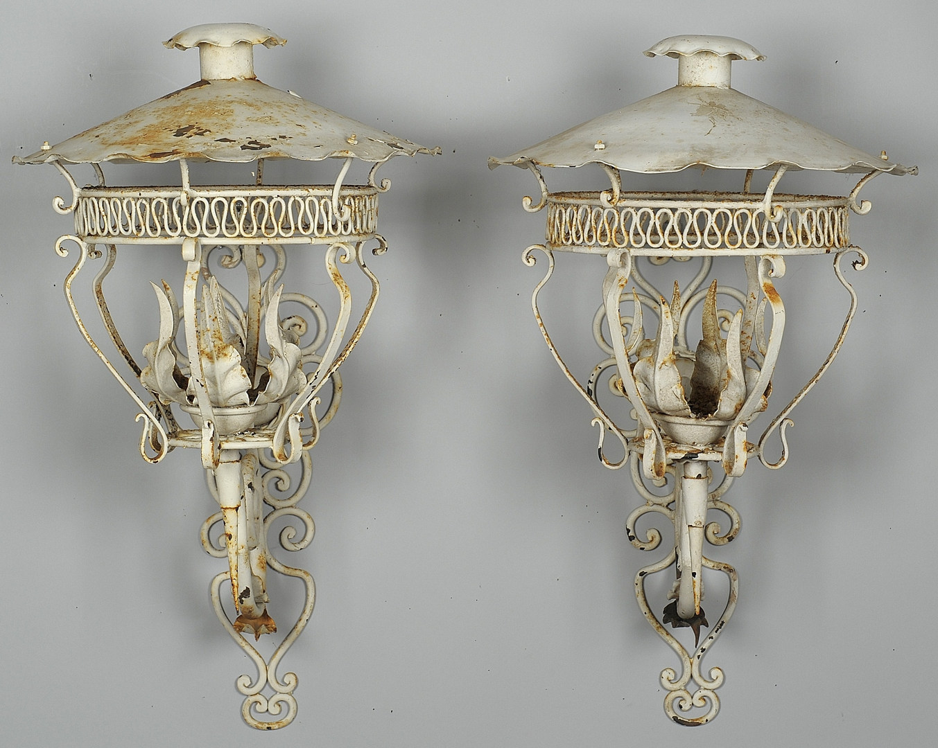 Lot 567: Pair Large Metal Wall Lanterns