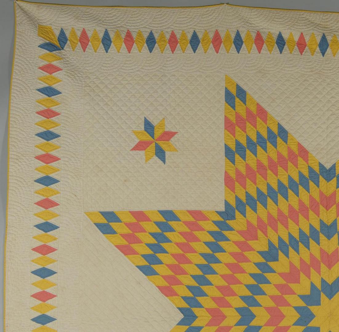 Lot 585: East TN Star of Bethlehem Quilt w/ Diamond Border