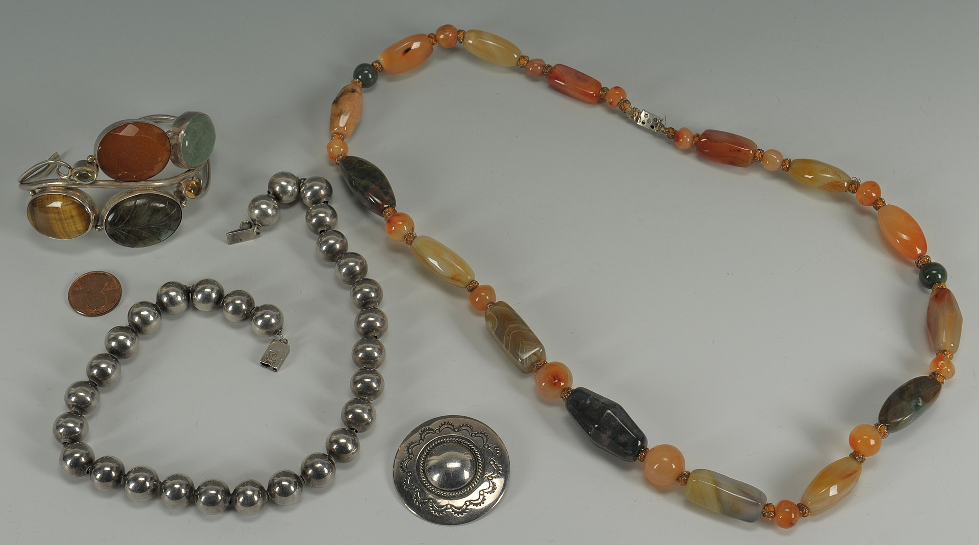 Lot 612: Assorted Silver and Hardstone Jewelry, 4 pcs