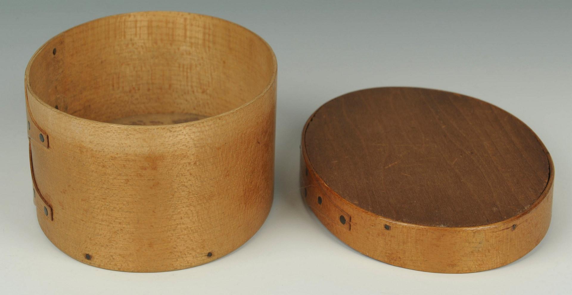 Lot 97: Early Shaker Oval Box