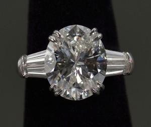 Lot 115: Plat Oval Brilliant 4.90 ct Diamond Ring, GIA repo