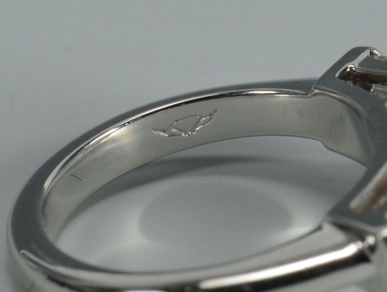 Plat Oval Brilliant 4.90 ct Diamond Ring, GIA report