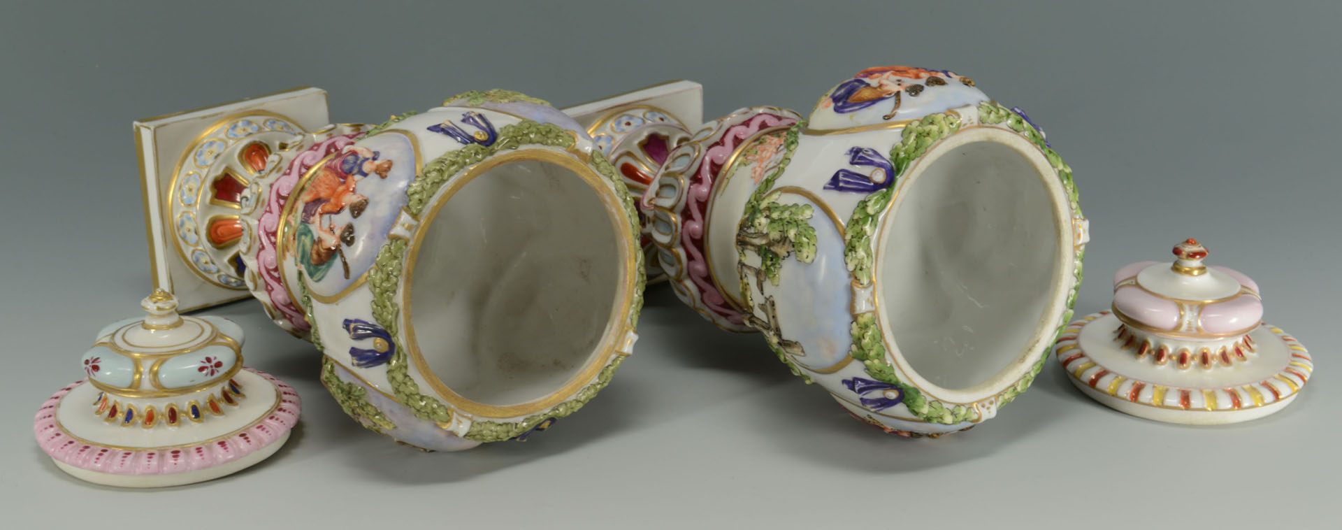 Lot 139: Pair of Covered Capo di Monte Porcelain Urns