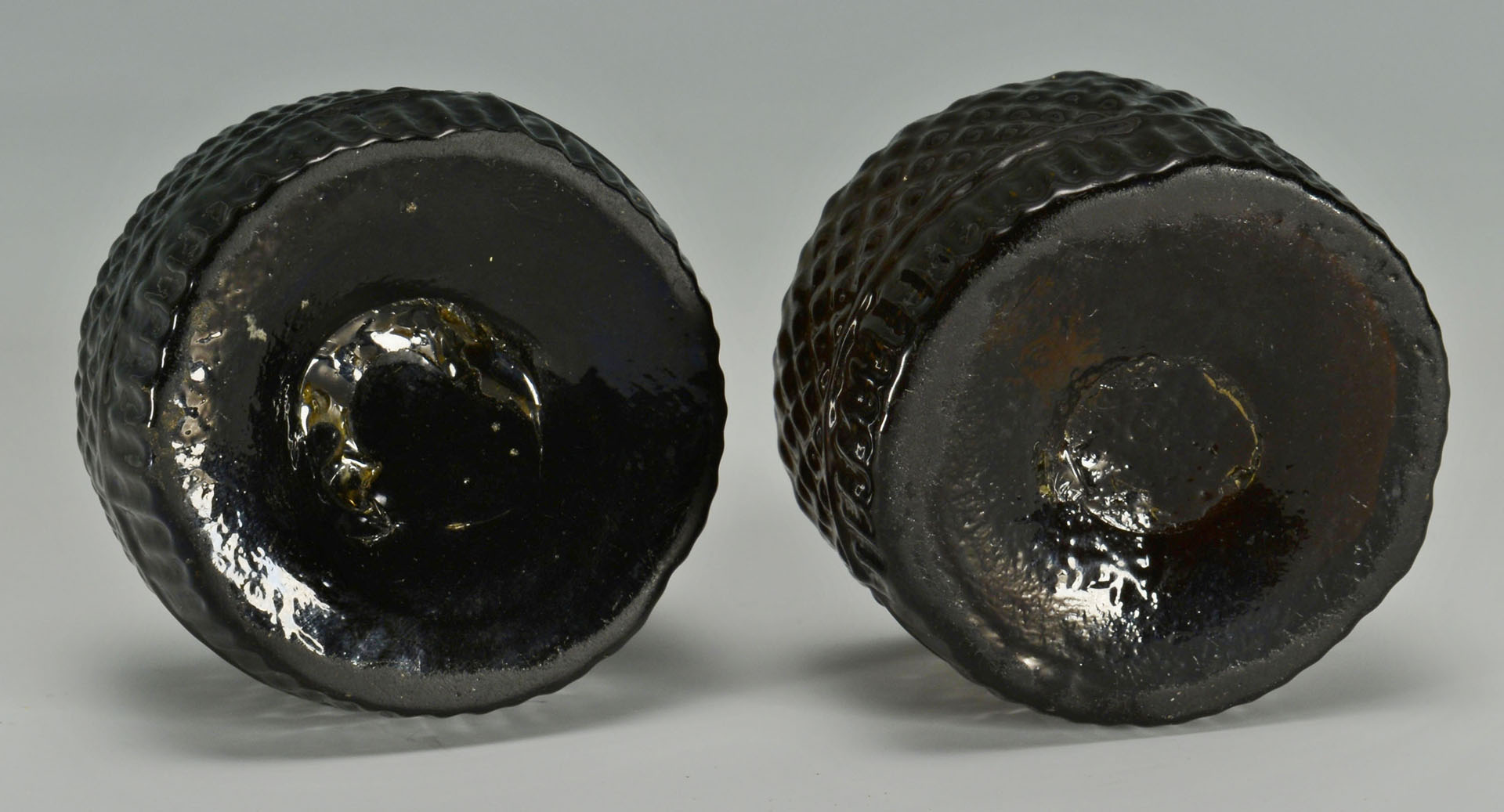 Pair Coventry Glass Inkwells & 2 Colorless Inkwells