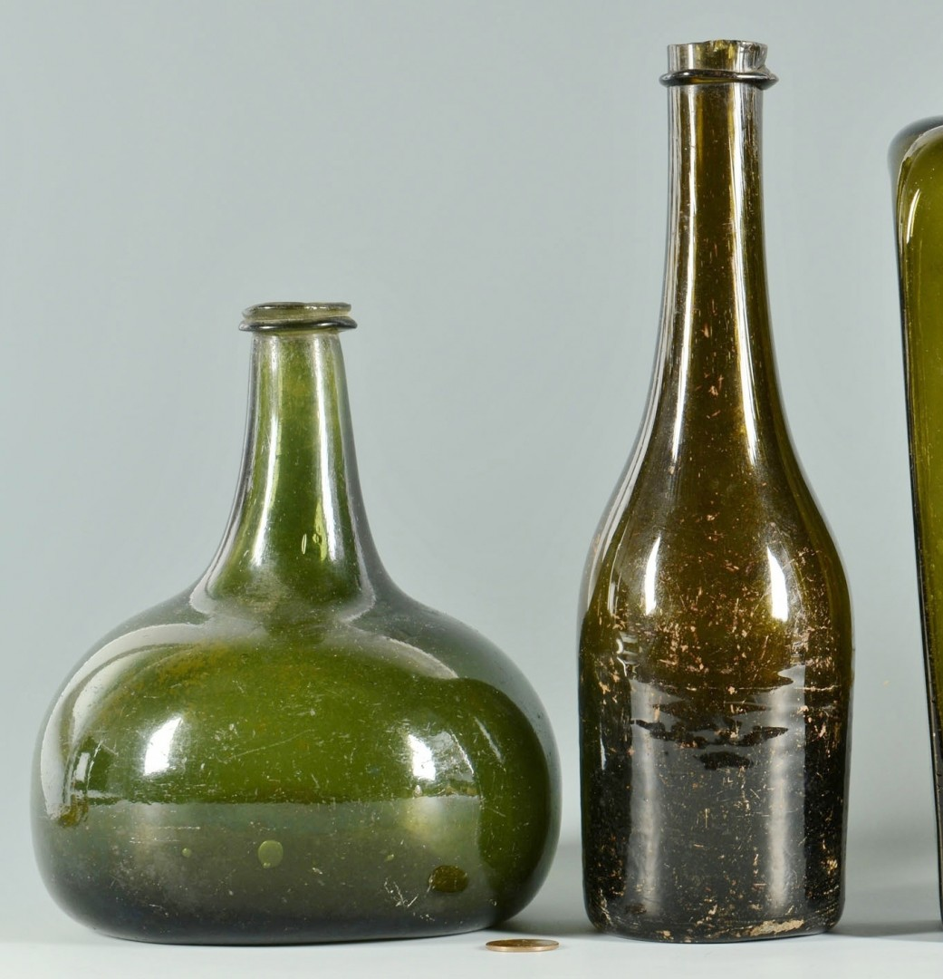 5 Colored wine & gin bottles, 18th/19th c.