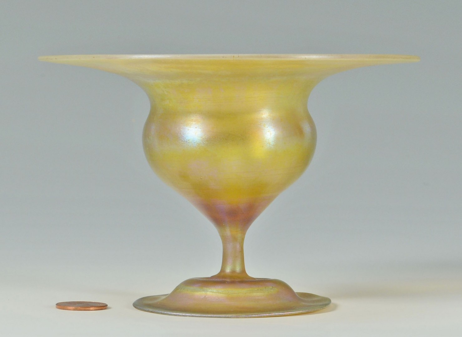 Lot 162: Signed Tiffany Favrile Glass Compote
