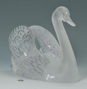Lot 164: Lalique Crystal Swan