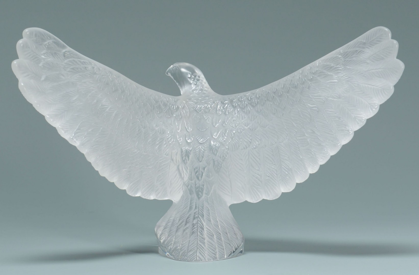 Lot 167: Lalique French Crystal Eagle Paperweight