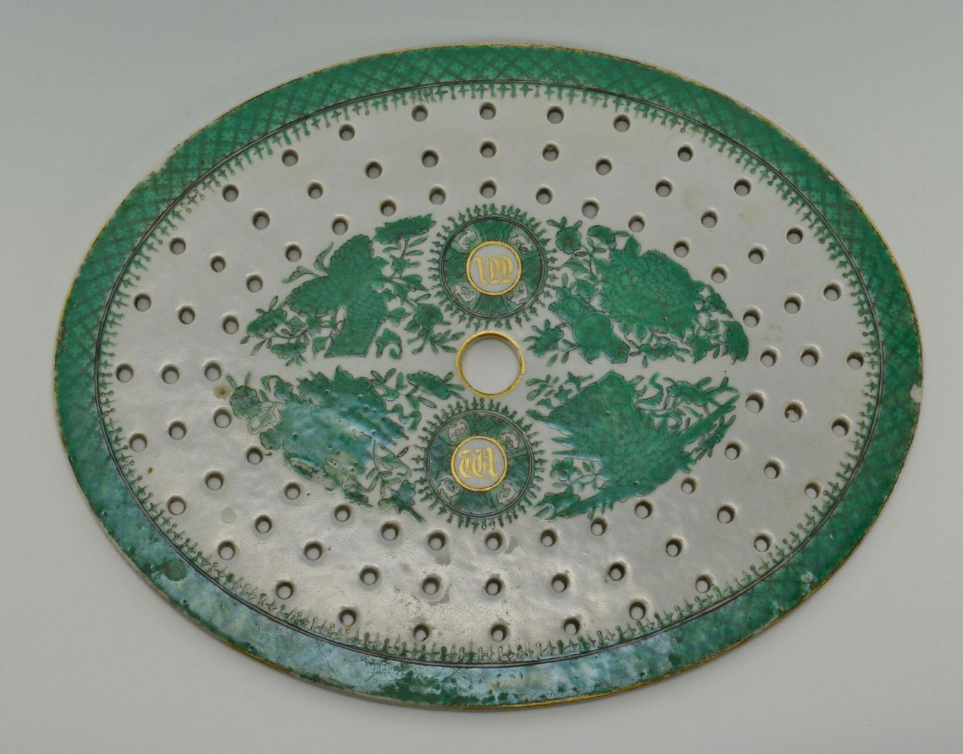 Chinese Export Green Fitzhugh Mazarine