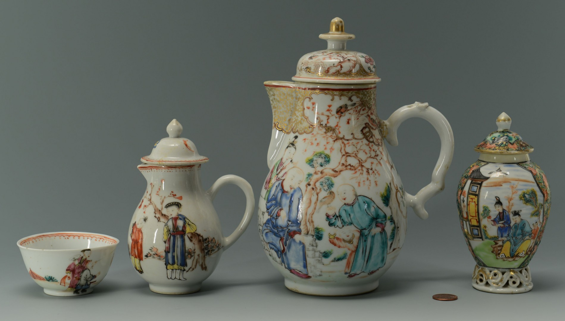 4 Chinese Famille Rose Export Porcelain Items