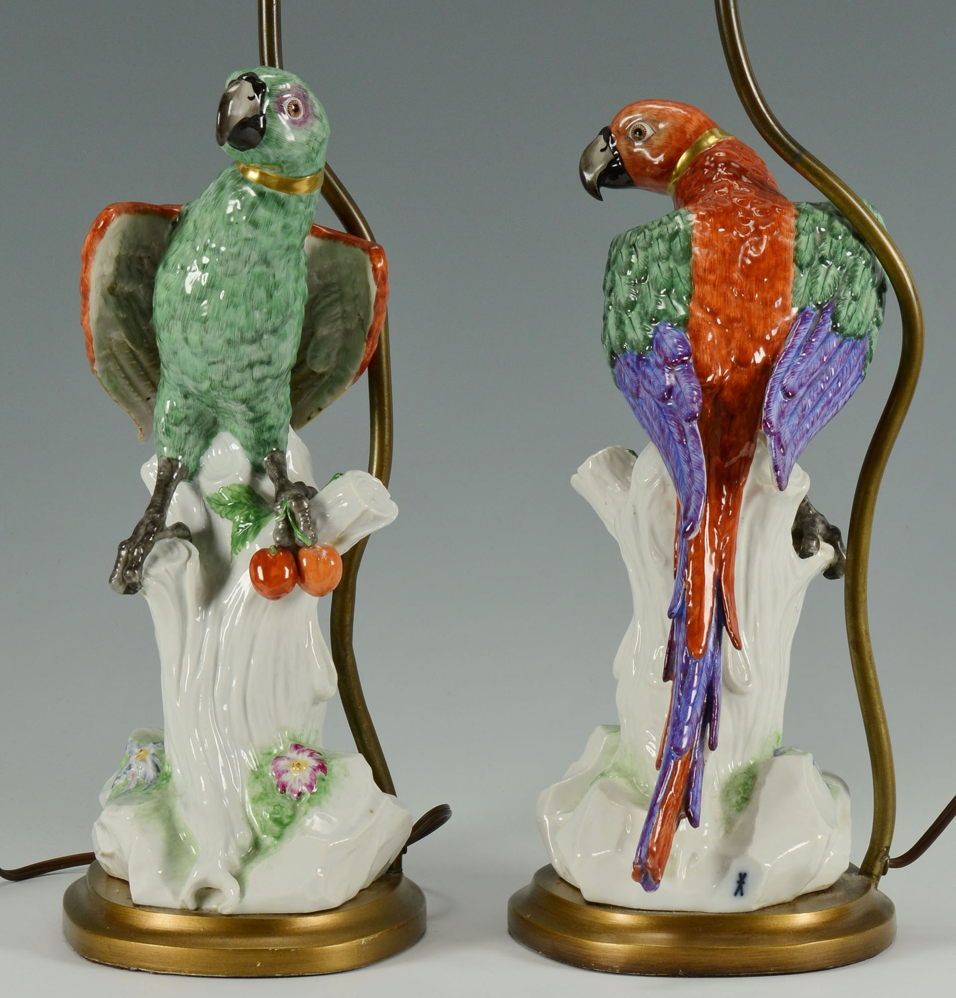 Lot 258 Pair Meissen Style Porcelain Parrot Lamps