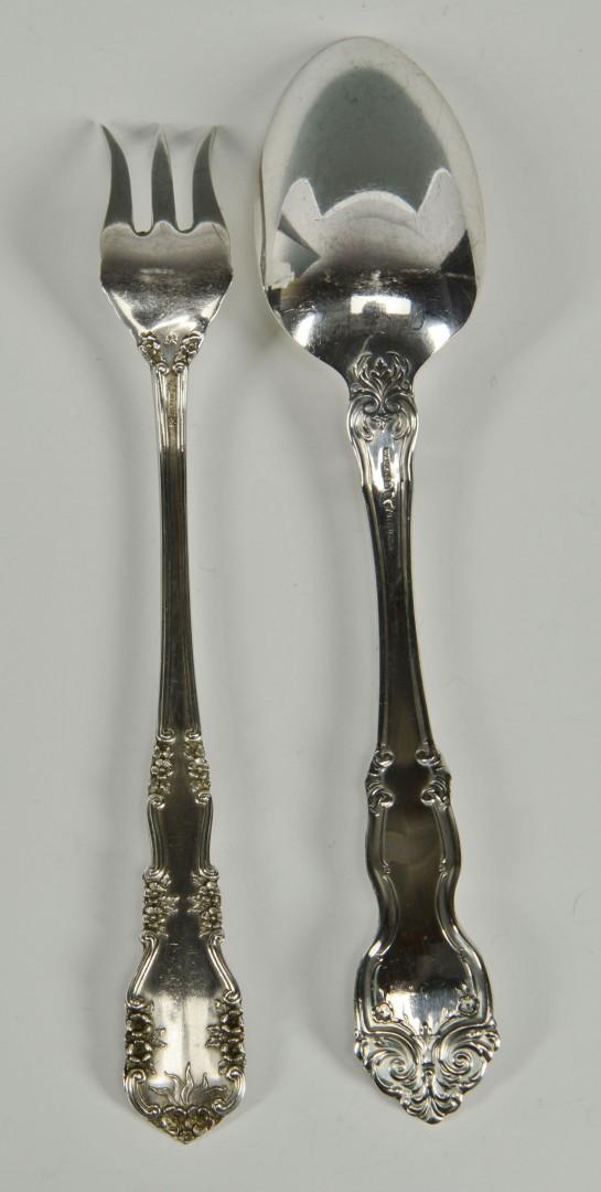 Lot 301: 24 pc. Sterling flatware, La Reine and Rosalind