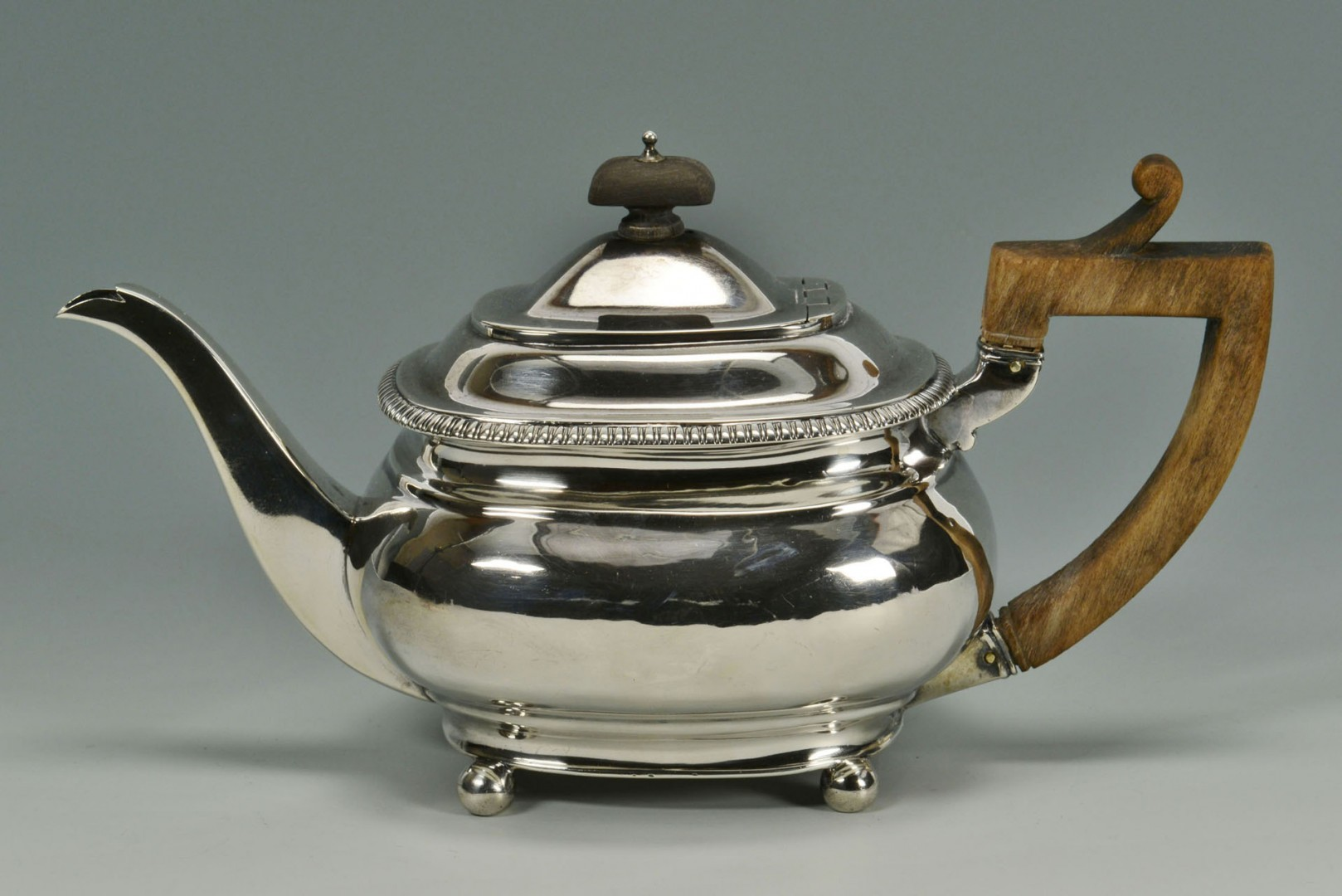 Lot 305: George III Sterling Silver Teapot