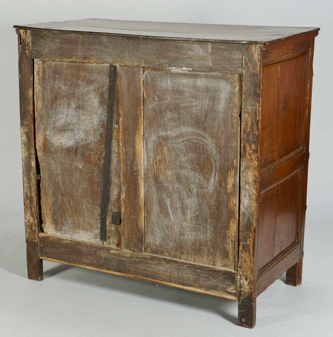 Lot 346: William and Mary chest, late 17th cent.