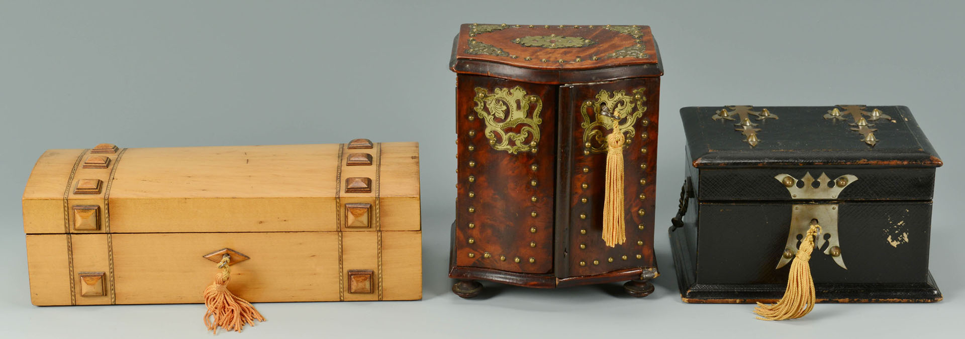 Lot 357: 3 Decorative Boxes and Pair of Asian Shelves