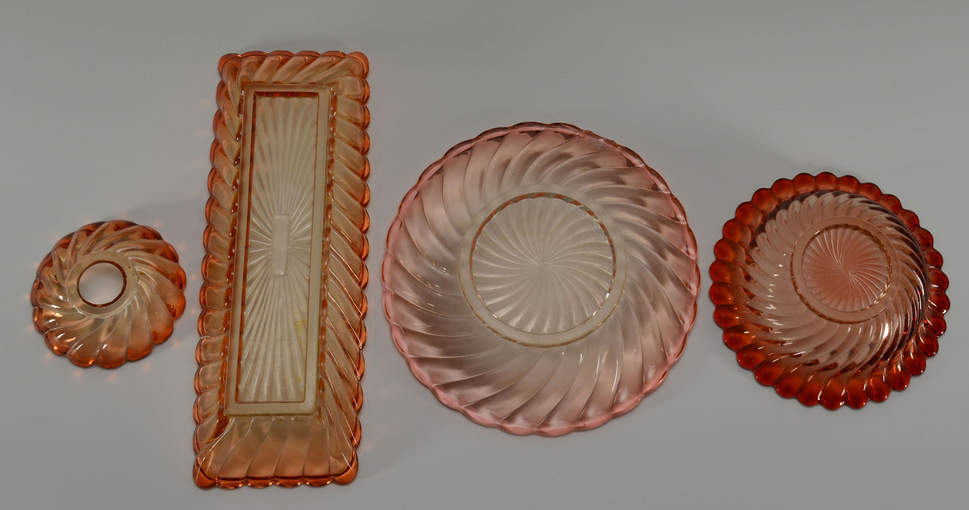 Lot of Baccarat Amberina Glass items, total 11