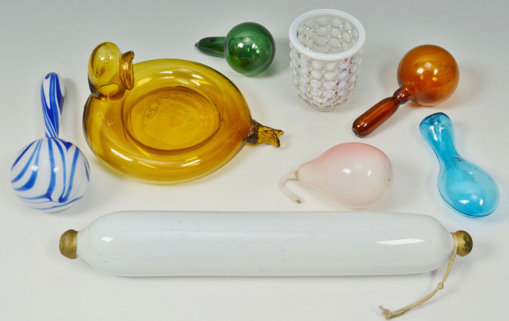 Lot 368: 29 items of Assorted Art & Victorian Glass