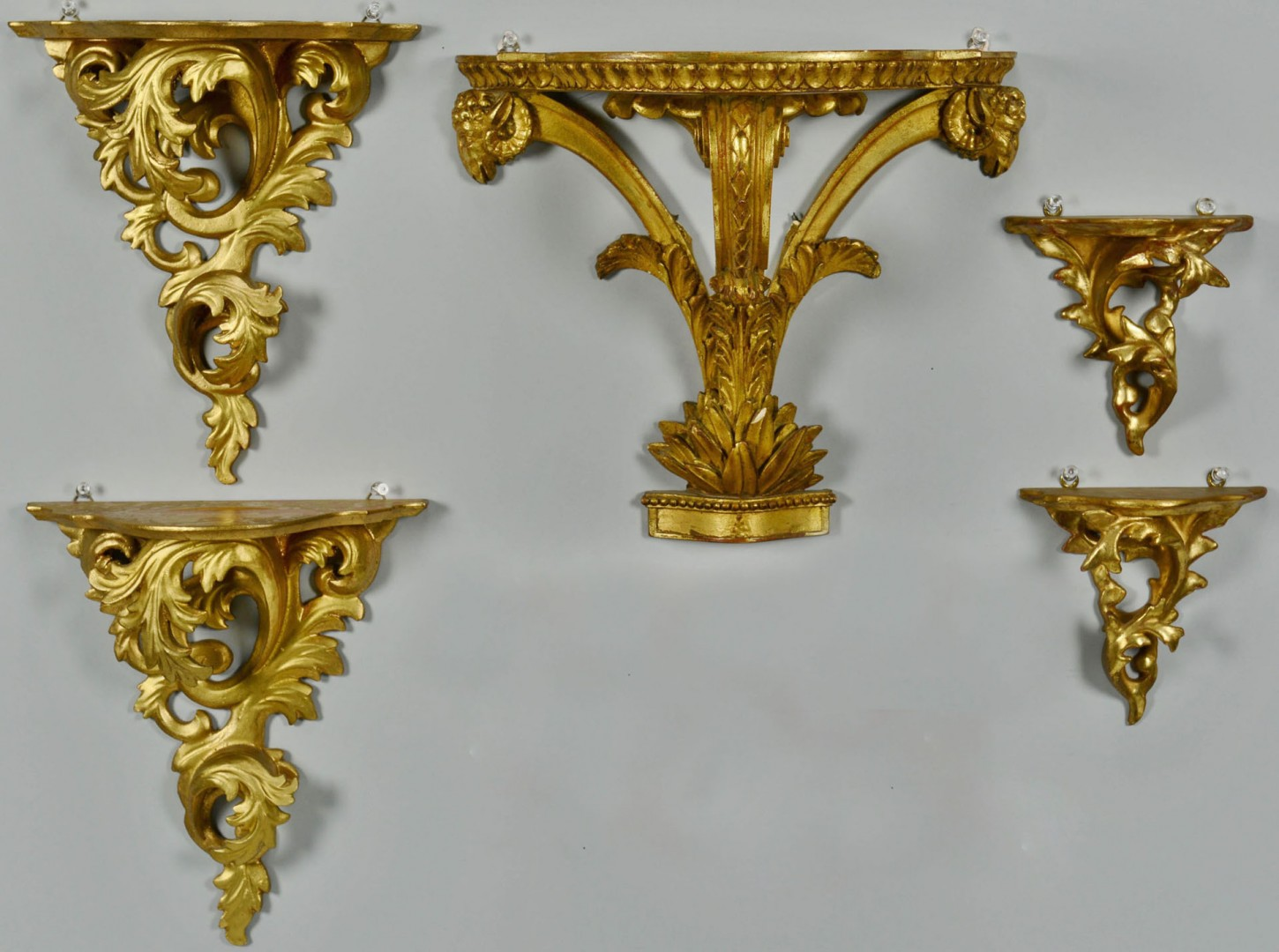 Lot 419: Grouping of 5 Gilt Sconces