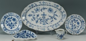 Lot 432: 4 Meissen Blue Onion Porcelain Items + 1 other