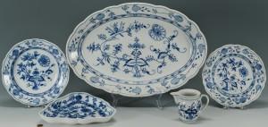 Lot 432: 4 Meissen Blue Onion Porcelain Items + 1 other