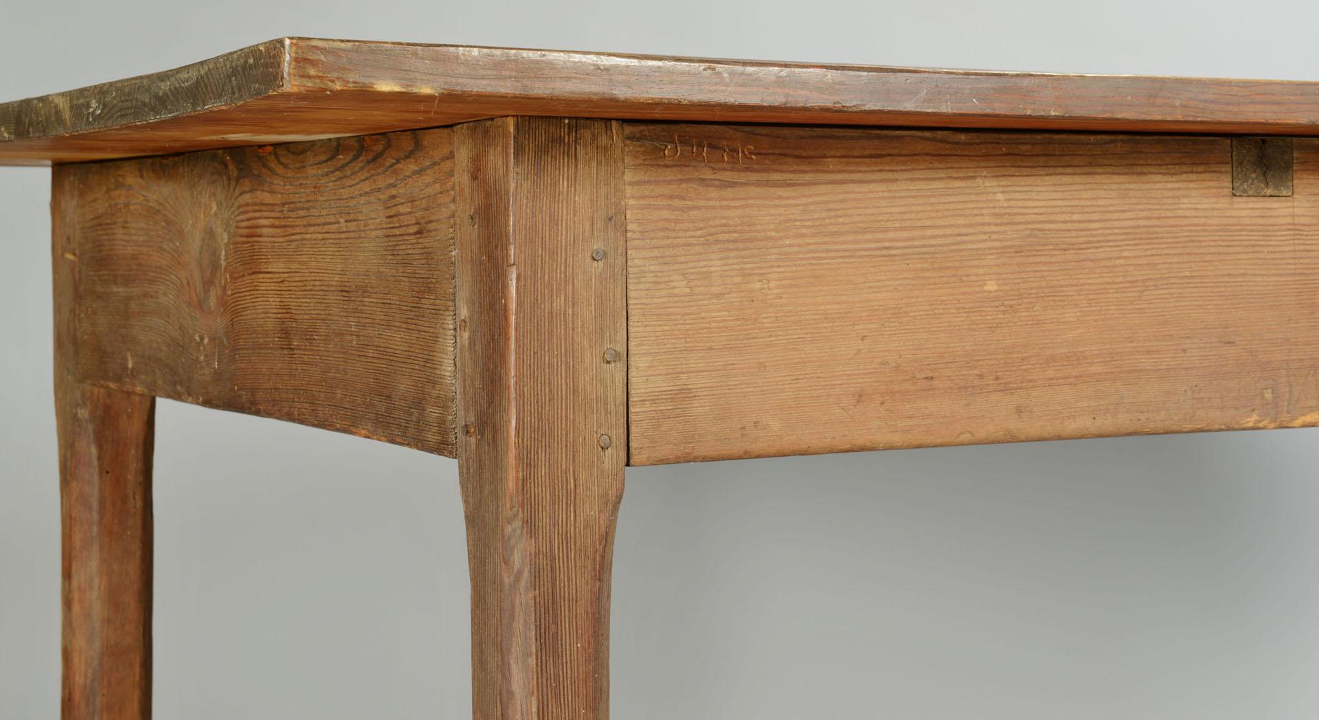Yellow Pine Stretcher Base Table, SC