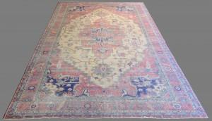 "Lot 572: Antique Isparta Serapi style Carpet, 21'6"" x 12'6"""