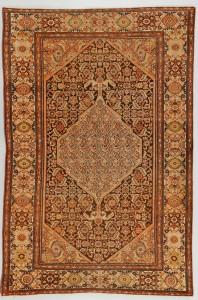 Lot 573: Antique Malayer rug 4' x 6', circa 1910