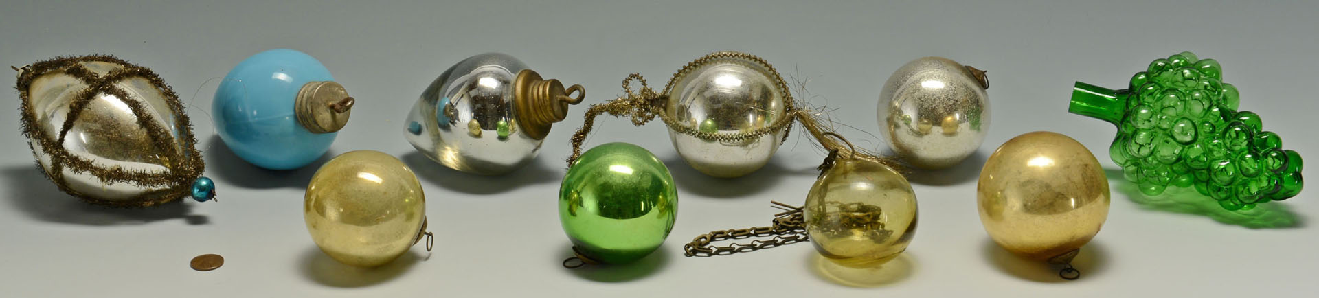 Lot 598: Grouping of Early Kugels and other ornaments, 10