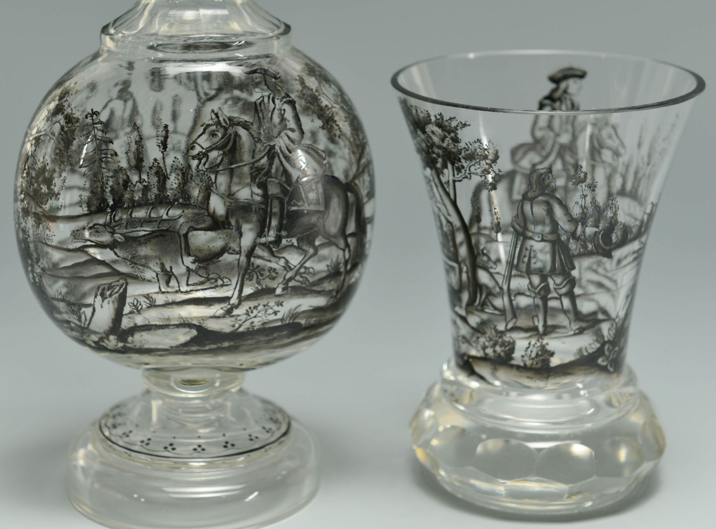 Lot 627: Grouping of 4 Glass Vases