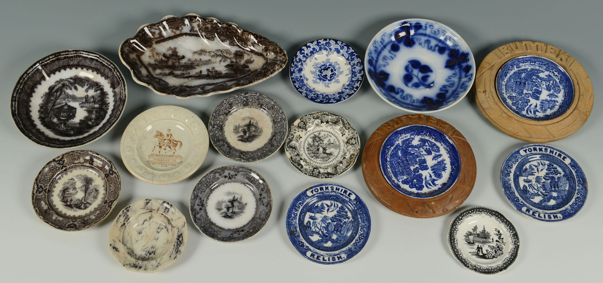 27 pcs of  blue & black Staffordshire porcelain