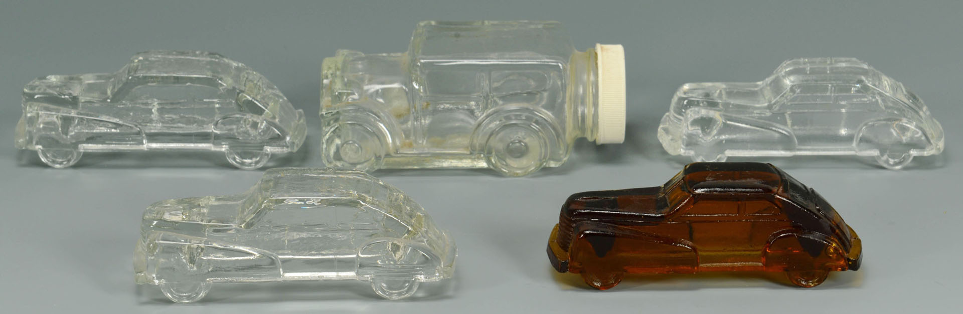 32 American Glass Candy Containers