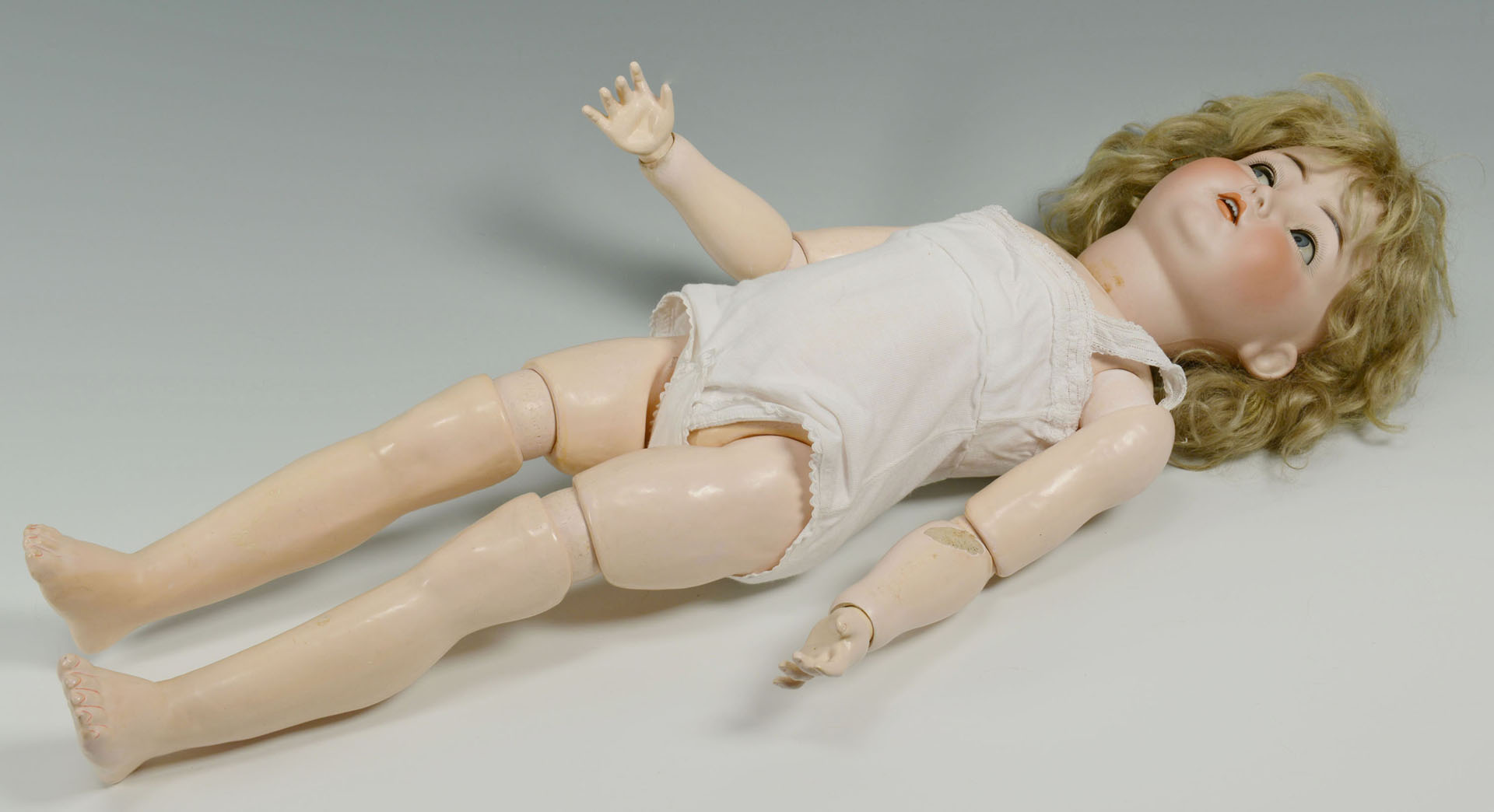 Simon & Halbig For Kammer & Reinhart German Doll