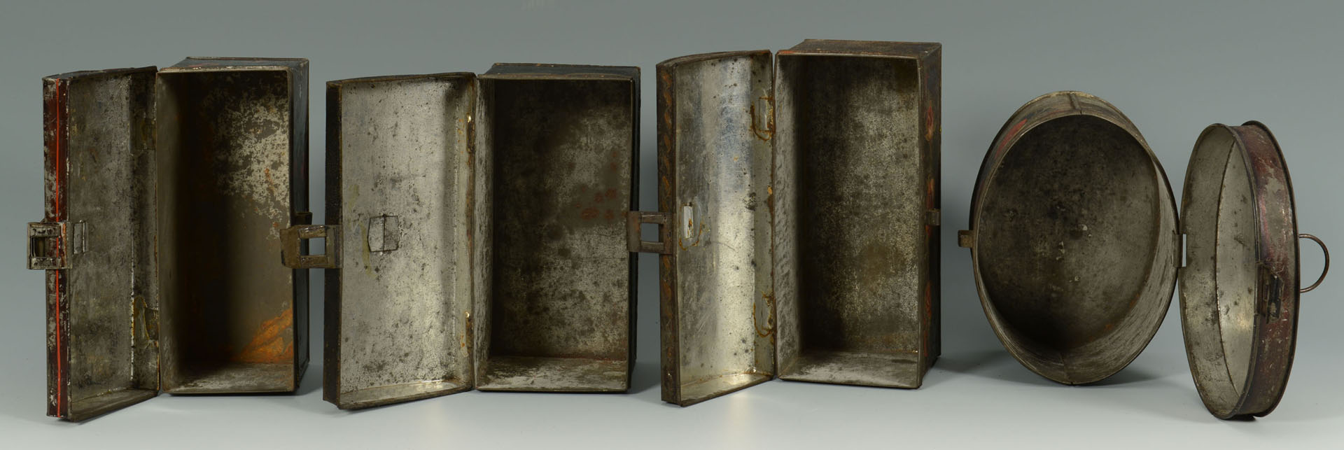 Lot 69: Grouping of 4 painted tole items, tea caddy inc.
