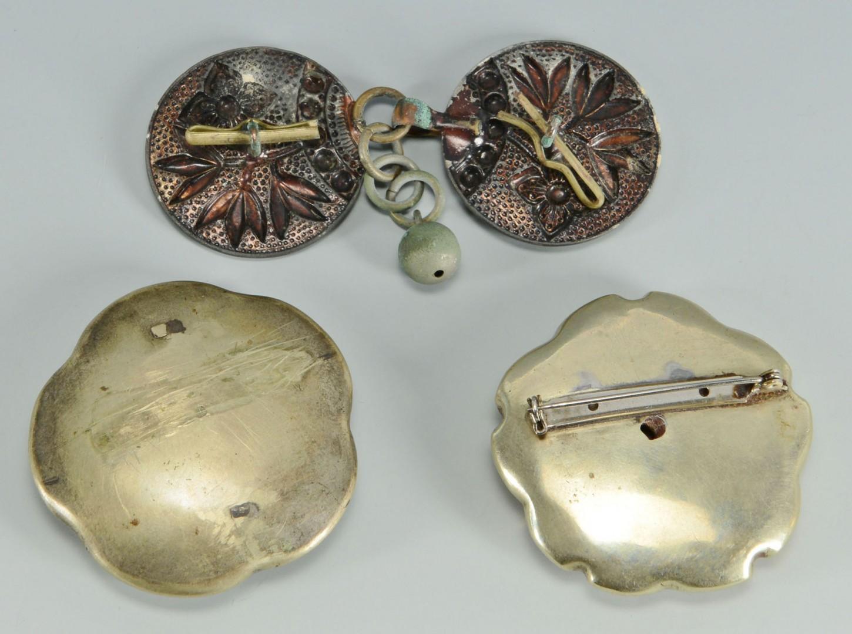 Lot 717: Asian Buttons and Ceramics