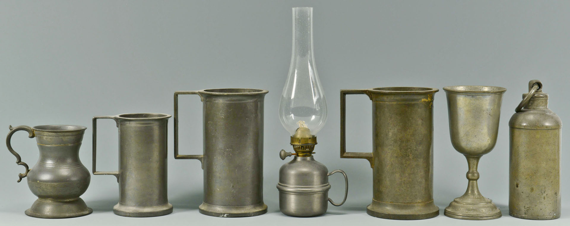 Lot 725: 21 Pewter Items