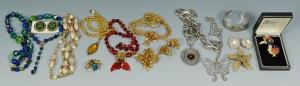 Lot 745: Vintage Costume Jewelry incl. Hattie Carnegie, DeM