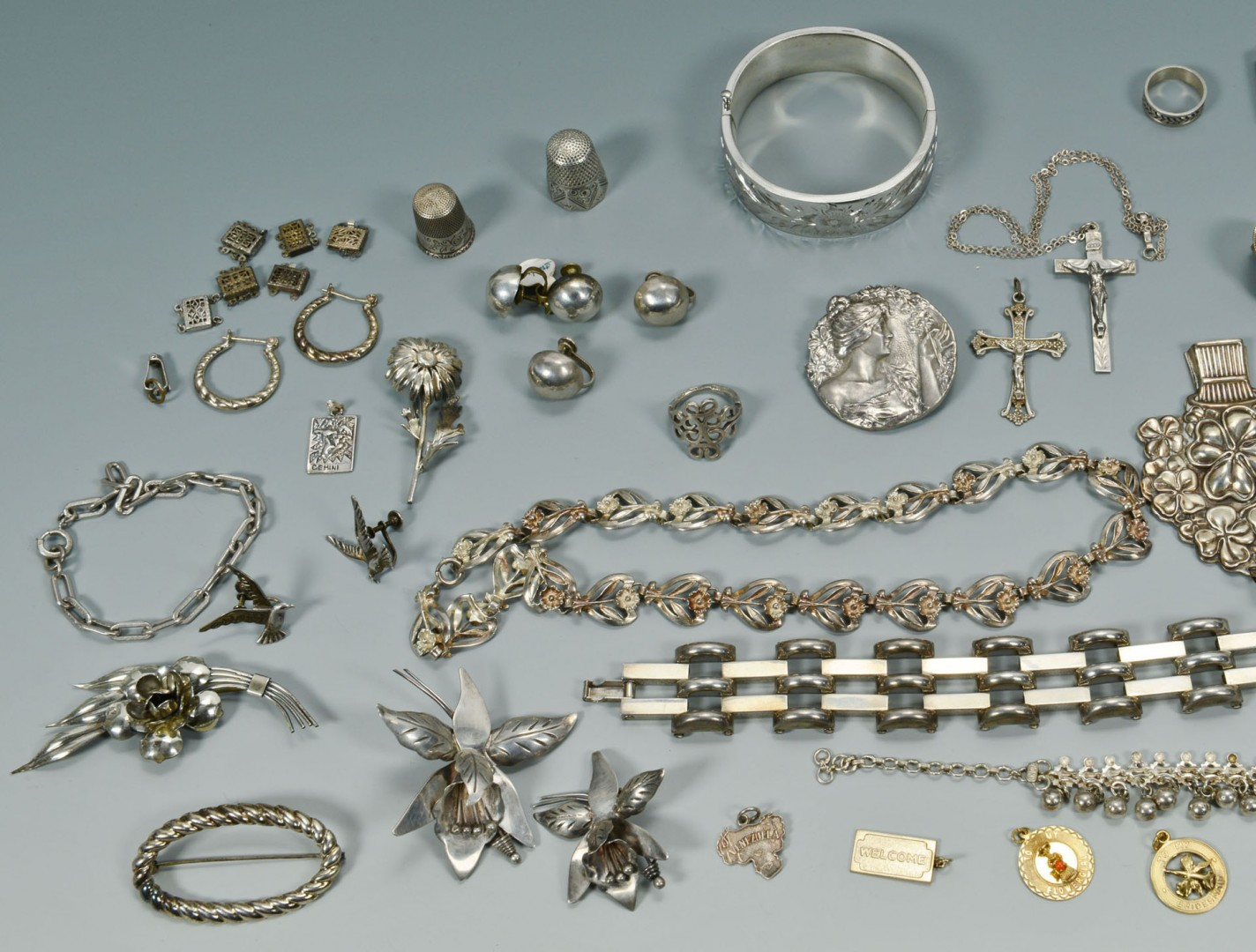 Lot 747: Large lot of silver jewelry, 37 pieces