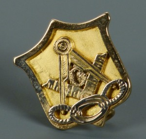 Lot 77: 14k Masonic Pin, Donelson inscription