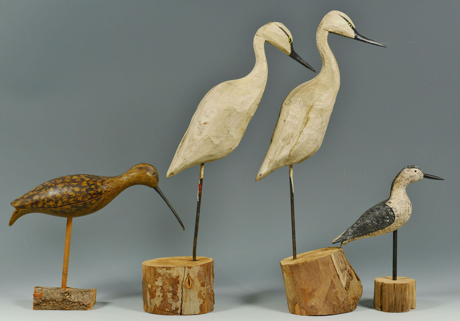 Lot 2872301: 8 assorted Carvings and Decoys, various makers