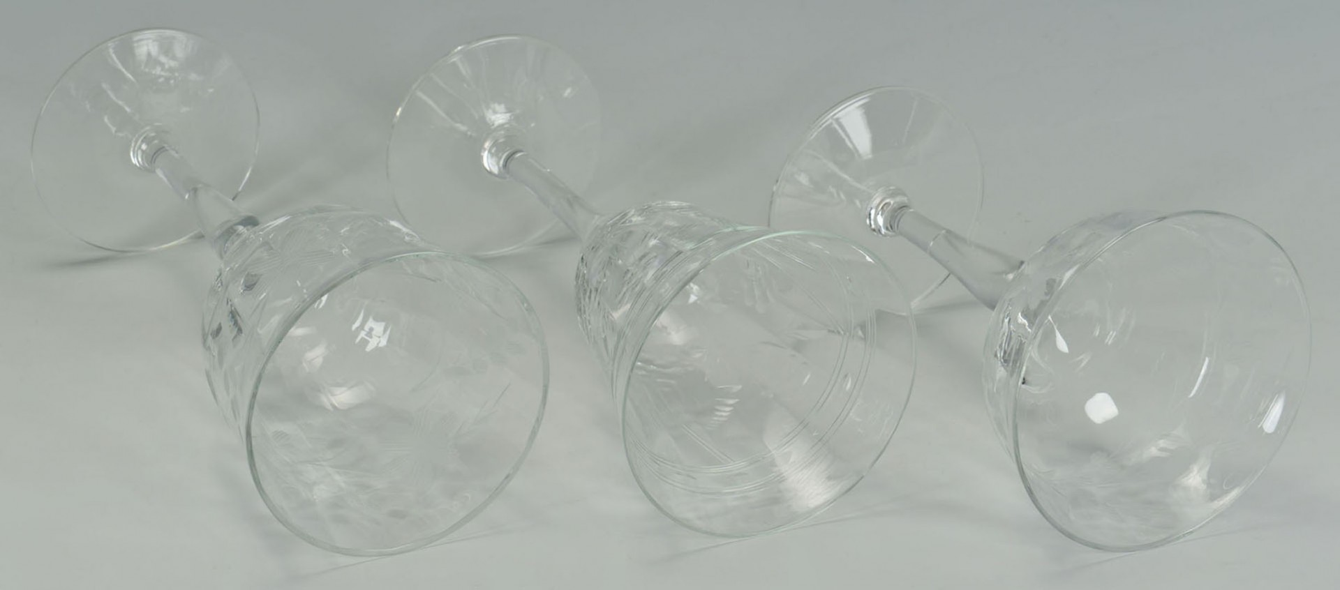 Lot 2872305: Grouping of 27 Etched Crystal Glasses
