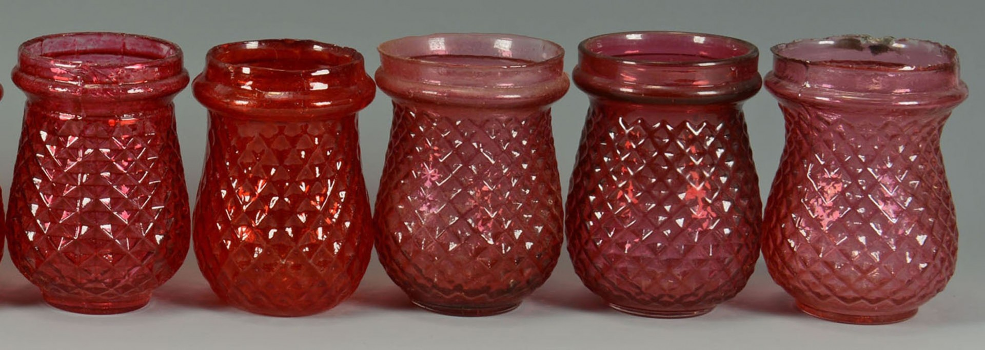 Lot 2872311: 14 Early Glass Christmas Candle Lights, Most Red