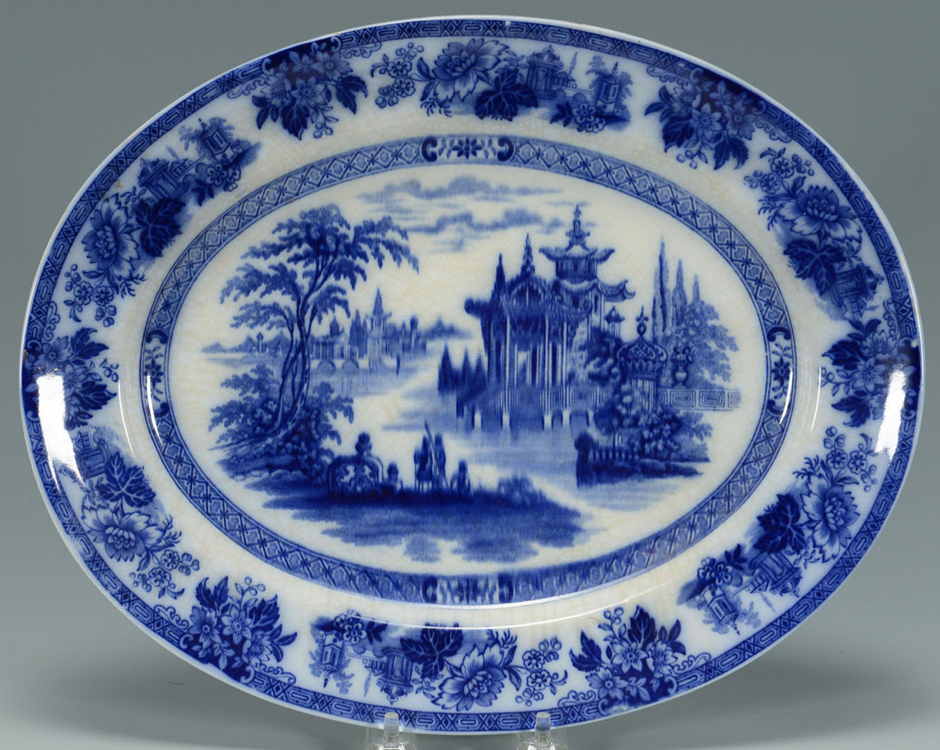 Lot 2872334: 3 Ceramic Items, Flow Blue & Tobacco Leaf