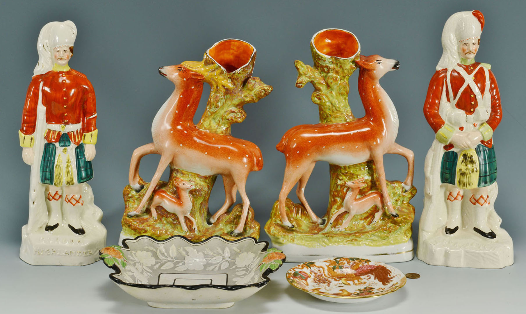 Lot 2872344: Two Pr Staffordshire Figures and Two Ceramic Plate